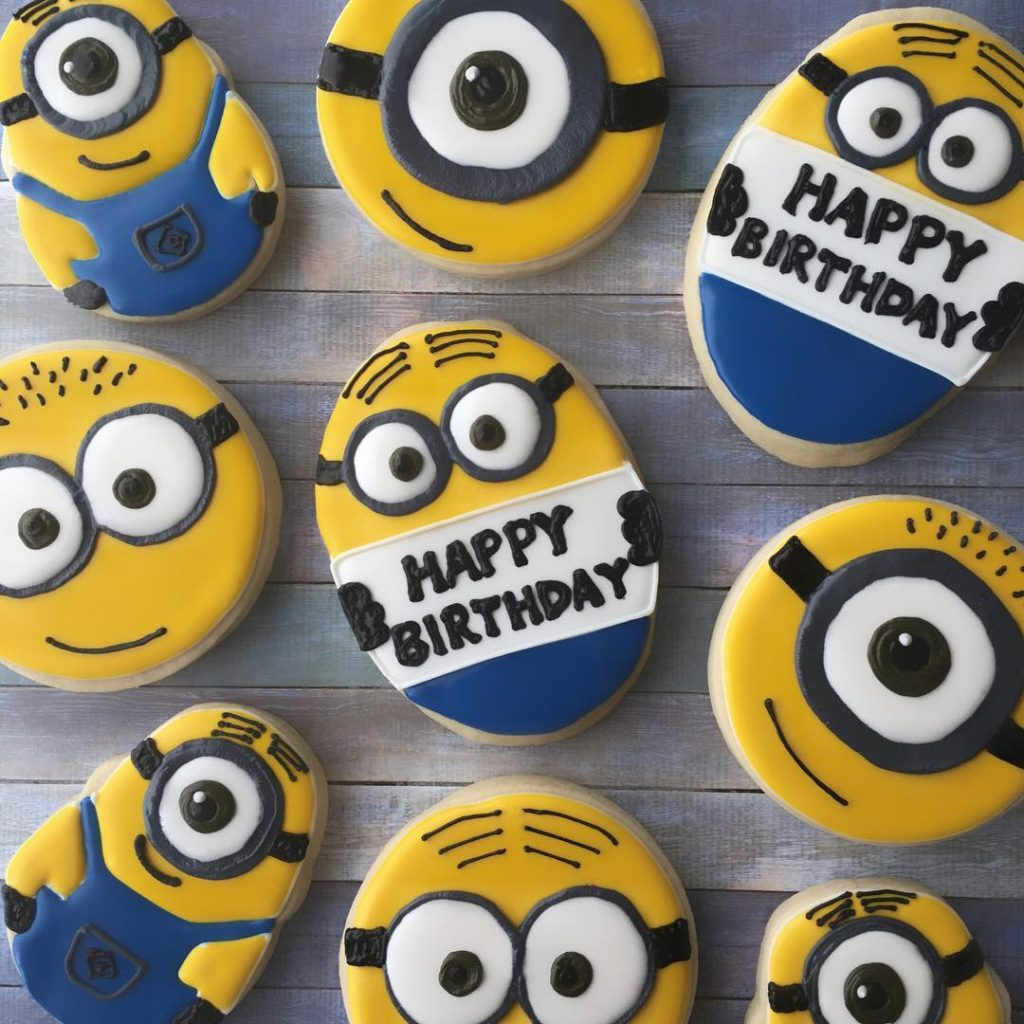 despicable me minions birthday party sugar cookies by little rose cookie