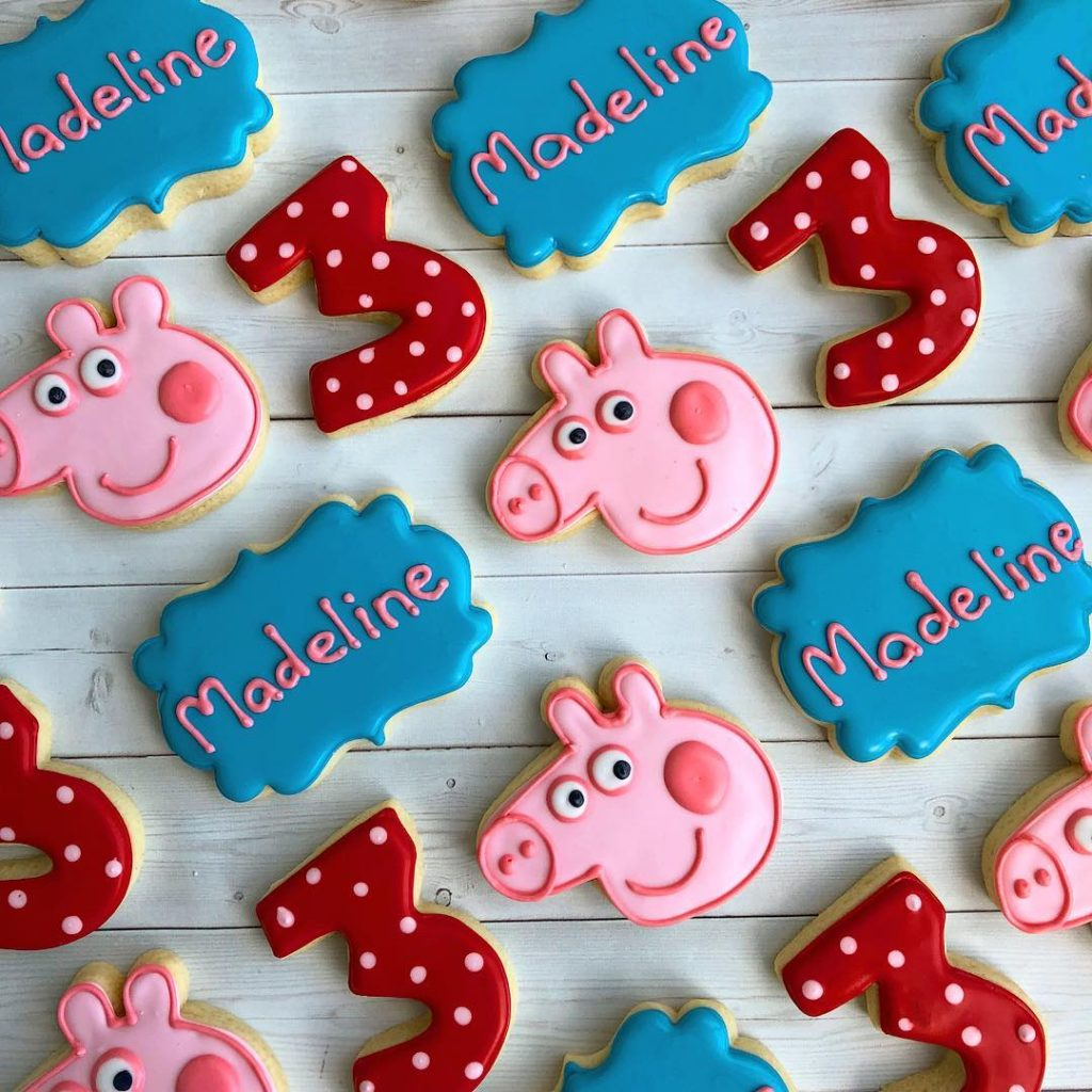 peppa pig birthday party sugar cookies by little rose cookie